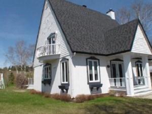 27223862 - Maison à étages à vendre