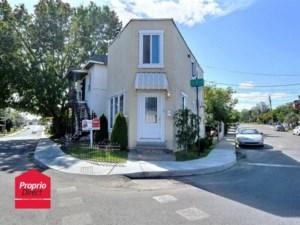 28542462 - Maison à étages à vendre
