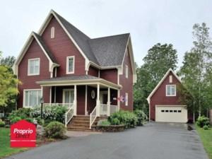 26582019 - Maison à étages à vendre