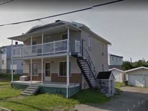 19598362 - Maison à étages à vendre