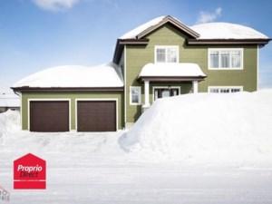 23728460 - Maison à étages à vendre