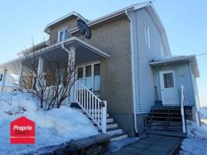 21031701 - Maison à étages à vendre