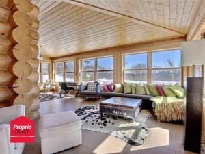 21868502 - Maison à étages à vendre