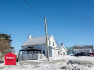 23345037 - Maison à étages à vendre