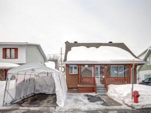 18647266 - Maison à étages à vendre
