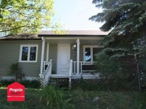 19863655 - Maison à 1 étage et demi à vendre