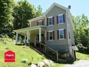 9878356 - Maison à étages à vendre