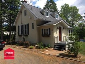 22383593 - Maison à étages à vendre