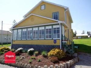 16085234 - Maison à étages à vendre