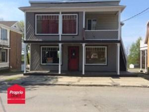 28981443 - Maison à étages à vendre
