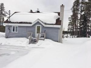 20263298 - Maison à 1 étage et demi à vendre