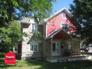 16948607 - Maison à étages à vendre