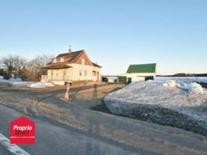 24250551 - Maison à étages à vendre