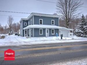 20354862 - Maison à étages à vendre
