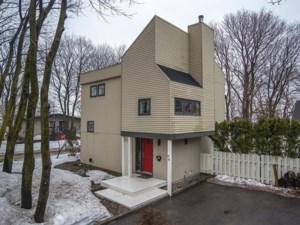 20901242 - Maison à paliers à vendre