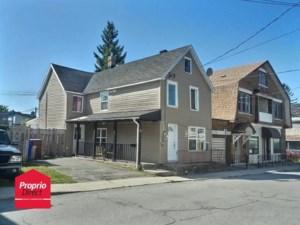 27696974 - Maison à étages à vendre