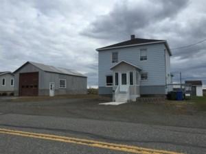 16248285 - Maison à étages à vendre