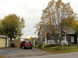 15783992 - Maison à 1 étage et demi à vendre