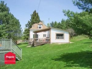 17810398 - Maison à étages à vendre