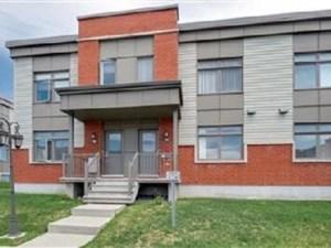 25046551 - Maison à étages à vendre
