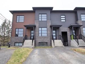28885255 - Maison à étages à vendre