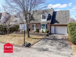 11693397 - Maison à étages à vendre