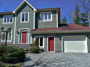 17048562 - Maison à étages à vendre