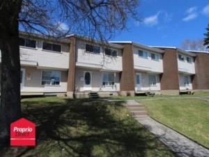 22287422 - Maison à étages à vendre