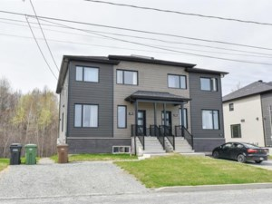 25021384 - Cottage-jumelé à vendre