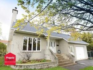 17777853 - Maison à étages à vendre