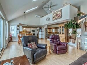 15688020 - Maison à étages à vendre