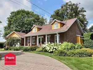 15302015 - Maison à 1 étage et demi à vendre