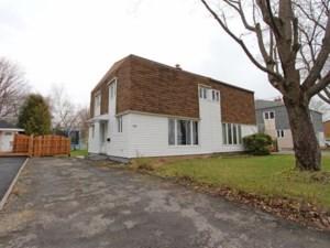 20650305 - Cottage-jumelé à vendre