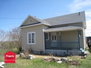 12095090 - Maison à étages à vendre