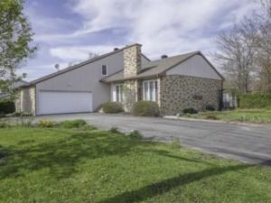 22033662 - Maison à étages à vendre