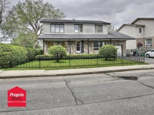 24387950 - Maison à étages à vendre