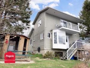 20091084 - Maison à étages à vendre