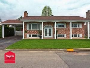 11973448 - Maison à étages à vendre