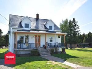 23292269 - Maison à 1 étage et demi à vendre