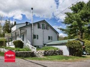 27112070 - Maison à étages à vendre