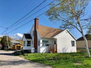 19049660 - Maison à 1 étage et demi à vendre