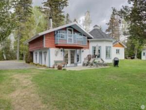 24560504 - Maison à 1 étage et demi à vendre