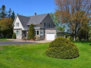 20640008 - Maison à 1 étage et demi à vendre