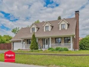 20946210 - Maison à étages à vendre