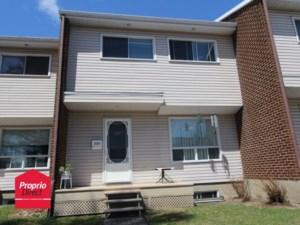16902301 - Maison à étages à vendre