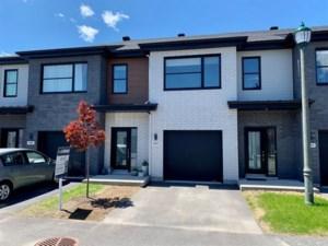 18502804 - Maison à étages à vendre