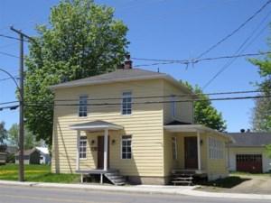 19345455 - Maison à étages à vendre