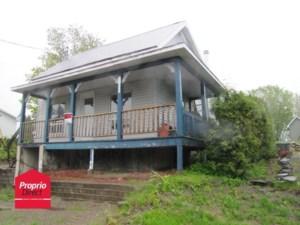 10734943 - Maison à étages à vendre
