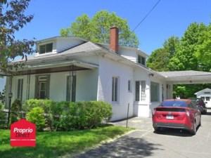 24656072 - Maison à étages à vendre