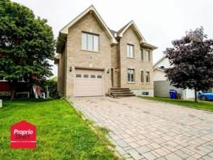 21785370 - Maison à étages à vendre